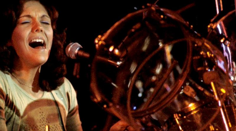 Karen Carpenter en la batería