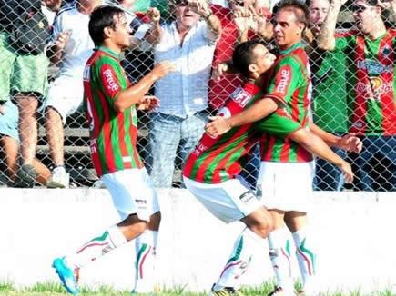Tercer gol de Richard Núñez. Fotos de https://www.facebook.com/RamplaJuniorsF.C.Oficial