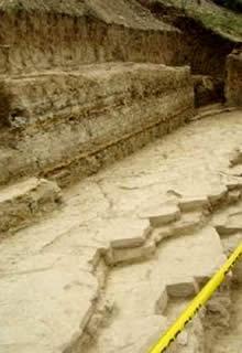 Terraza en la pirámide del Sol-1-435