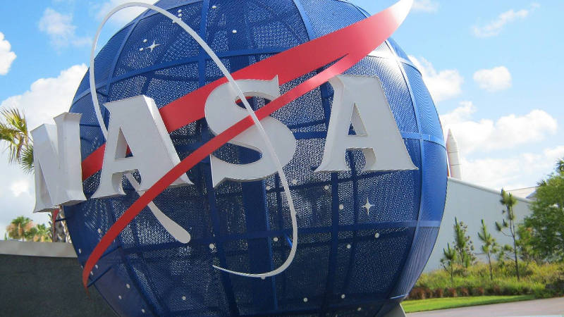 La Nasa frena volver a la Luna por el coronavirus
