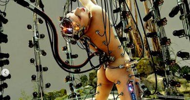 Lady Gaga futurista