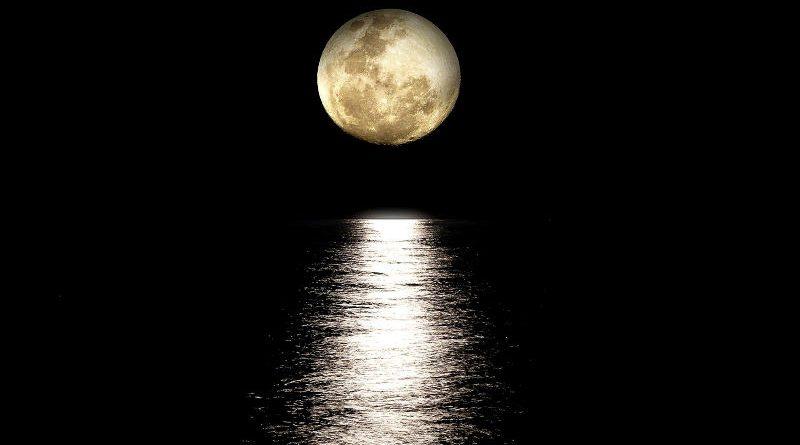 Luna es planeta